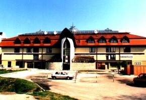 kereskedő és kereskedő központ