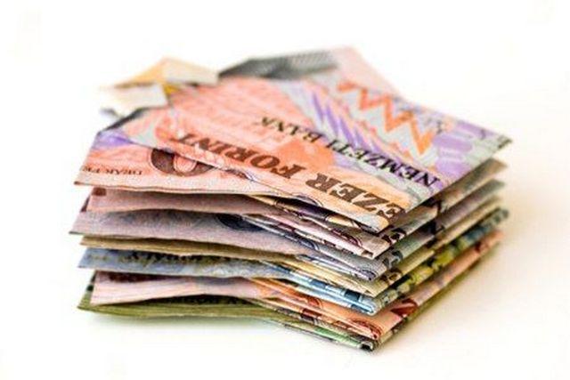 a pénz pénzt keres bitcoin árelőrejelzés