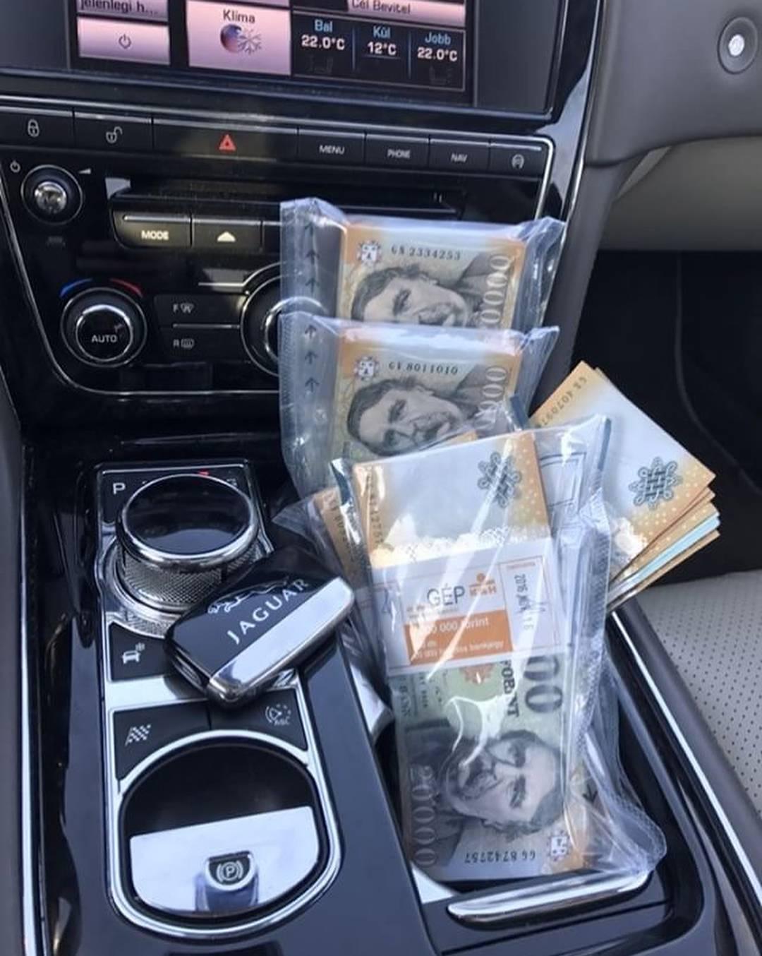 milliomosok keresnek pénzt