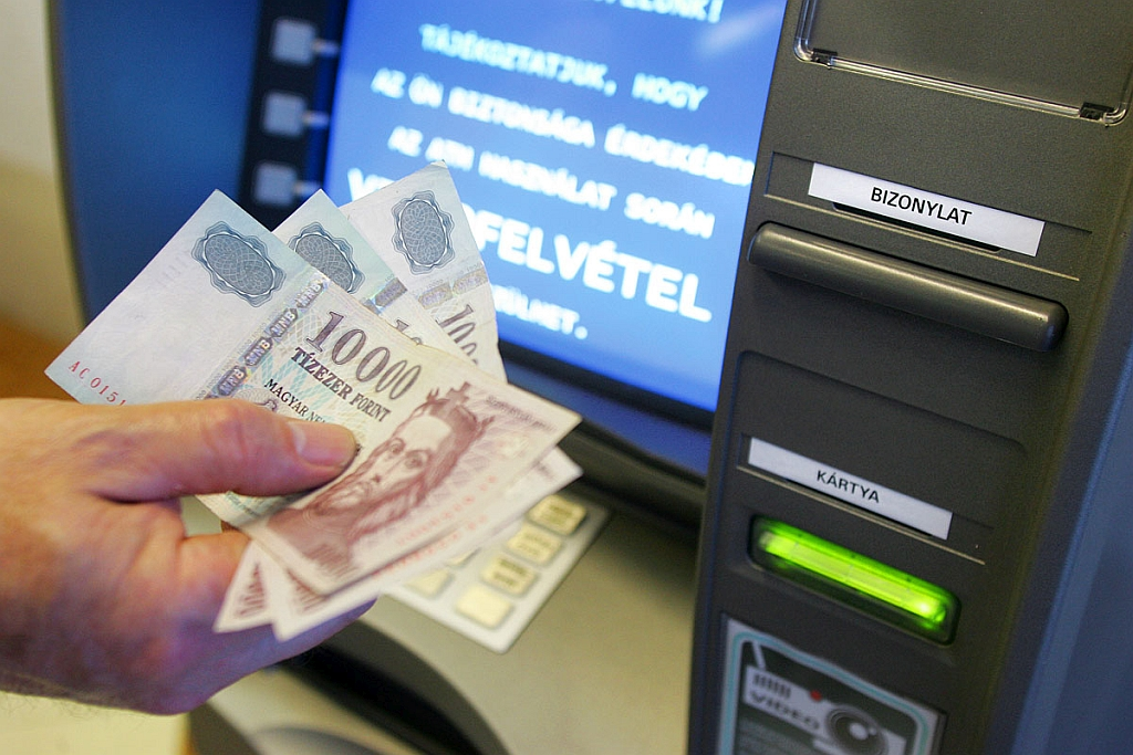 opciók 300 ezer)