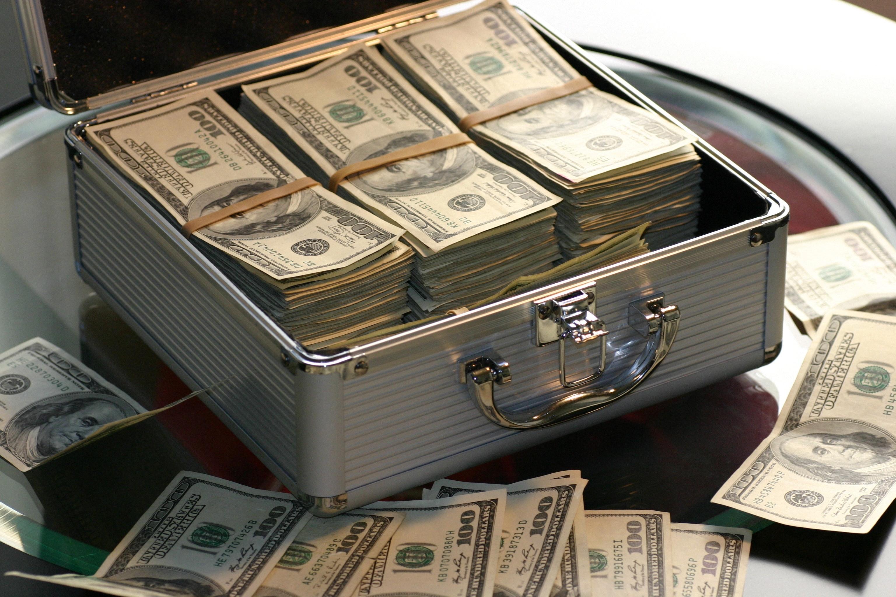 hogyan lehet dollár opciókkal kereskedni