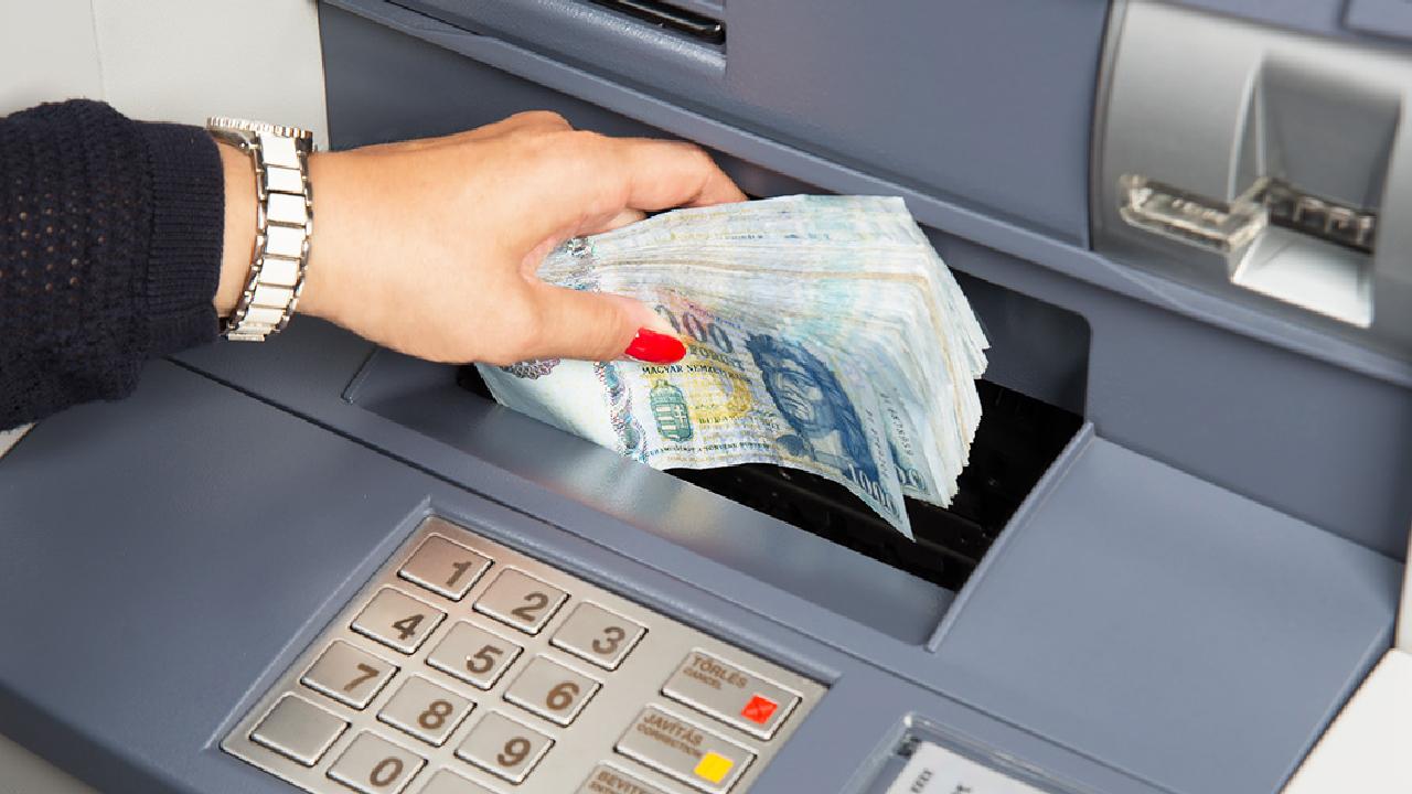 Fontos változás az ATM-eknél: ne lepődj meg, erről mindenképp tudnod kell