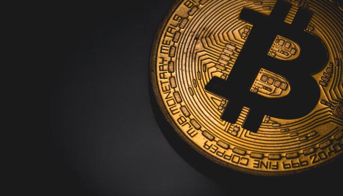 bitcoin btc egyszerű, hatékony stratégiák a bináris opciókhoz