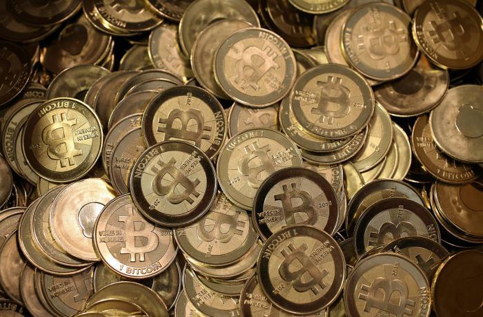 hogyan lehet pénzt keresni a bitcoinokon hogyan lehet pénzt keresni napi 1000 dollárral