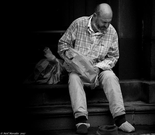nincs munka nincs pénz nincs pénz keresni)