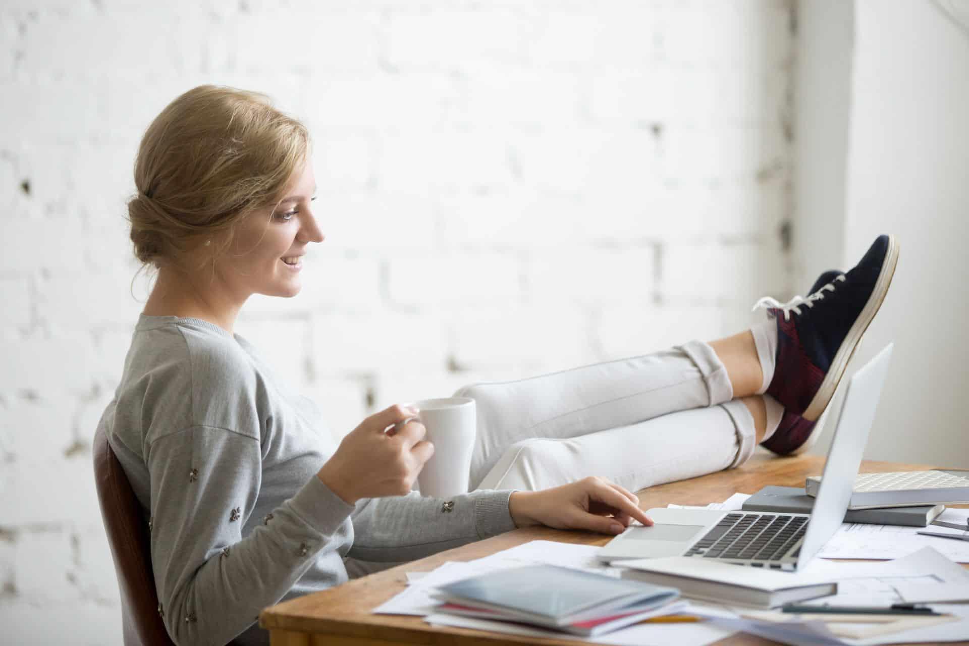 Hogyan lehet online otthon dolgozni a számítógépen?