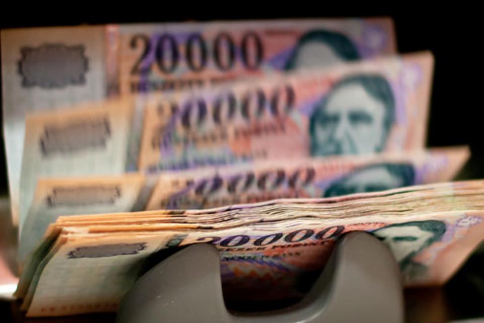 Pénzt keresni)