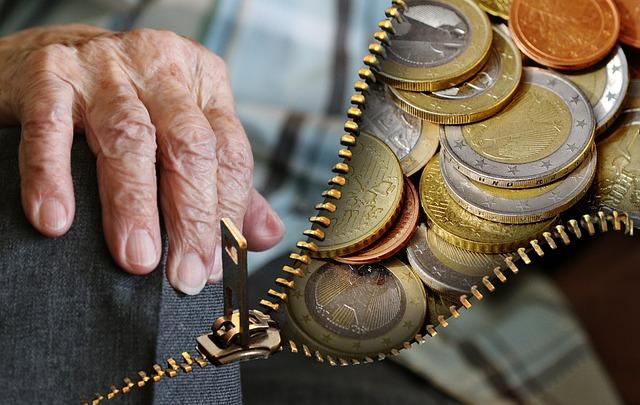 nyugdíjas hogyan lehet pénzt keresni)
