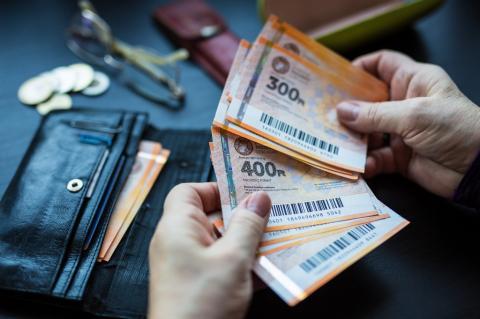 Változtatott az Orbán-kormány: ötödével több pénzt kereshet, aki nyugdíjasként dolgozik