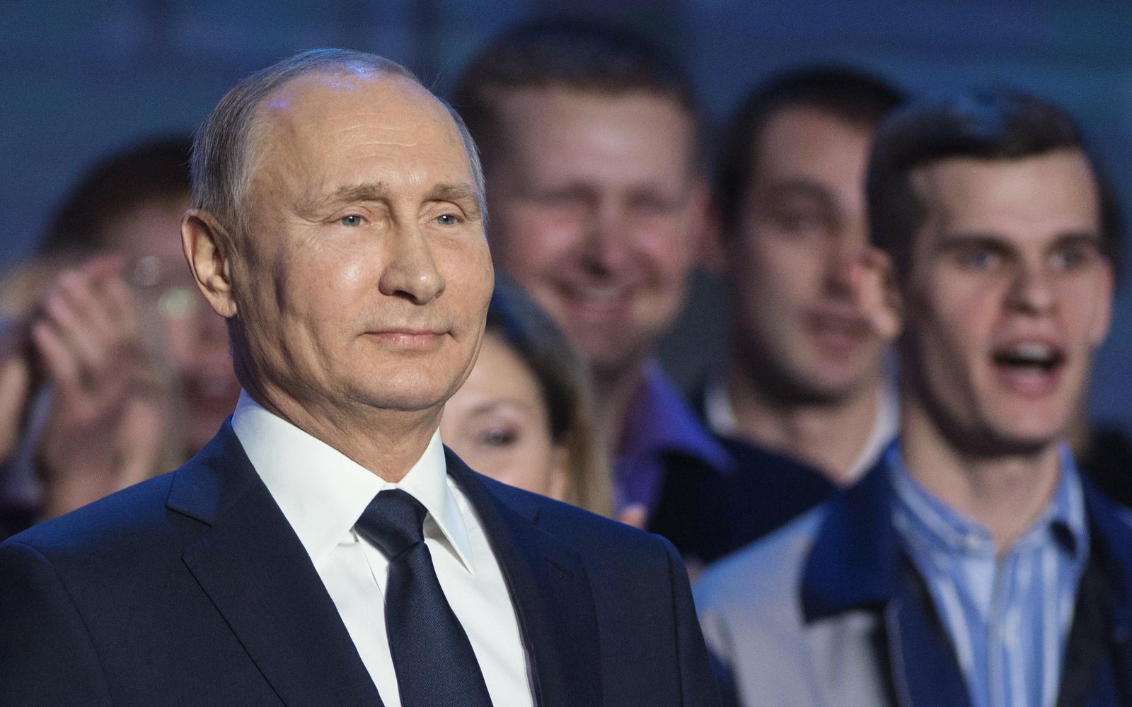 Hogyan keresett pénzt Putyin?)