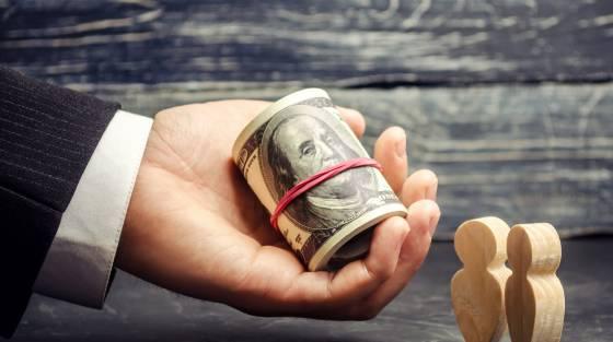 Az Opera pénzt keres az interneten