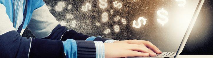 Anisimov pénzt keres az interneten)