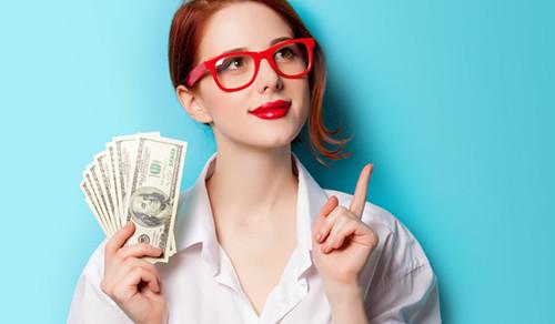 pénzt kereshet a videókon